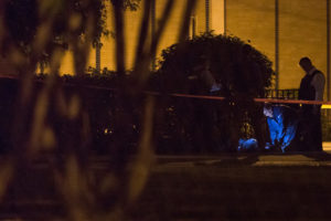 Police investigate a homicide in the 2200 block of South Lawndale Avenue early Monday. | Lou Foglia/Sun-Times