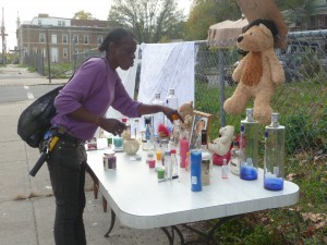 Mourners stopped by this makeshift memorial for Iyeesha Kia Thomas. (Penny Ray - Trentonian)